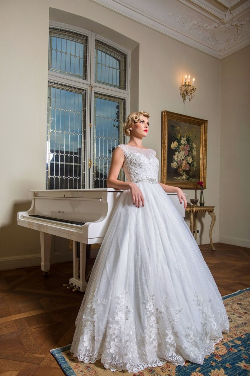 Rochie de mireasa Romantica by Best Bride model 16422