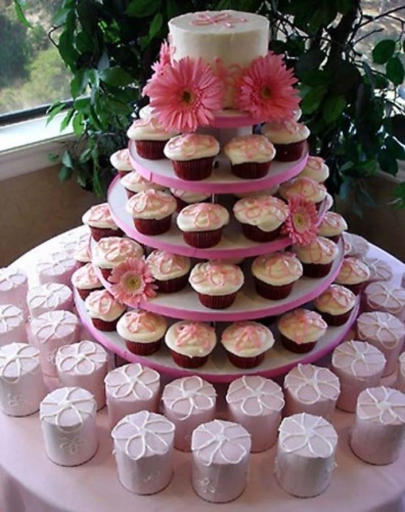 wedding cake and cupcake ideas cupcakes o alternativa nemaipomenita la tortul de nunta 21729