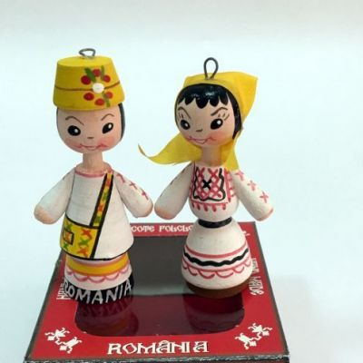 Marturii figurine traditionale din lemn - port popular Oas