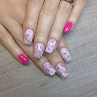 Pictura acrilica in nail art