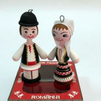Marturii figurine traditionale din lemn - port popular Bihor