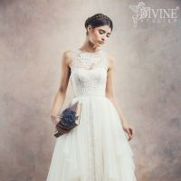 Anisia by Divine Atelier