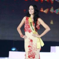O rochie de seara BIEN SAVVY pe scena Miss Grand International Thailanda 2014!